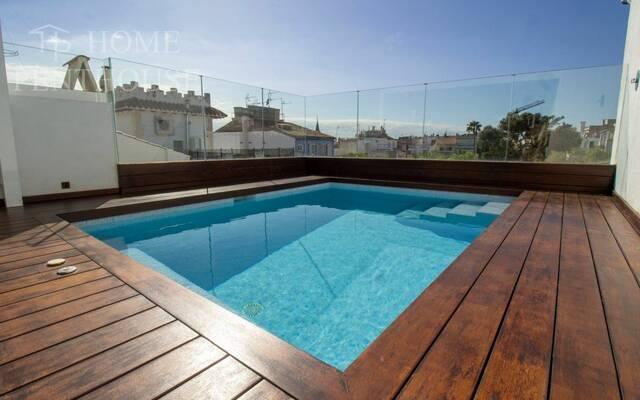 Villa, 5 chambres, 250 m²