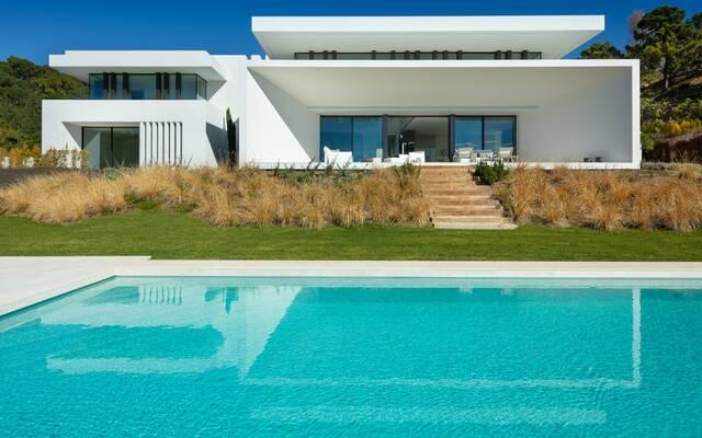 """Villas """"SPECTACULAR MODERN VILLAS WITH SEA VIEWS"""" El madroñal, Benahavis"""