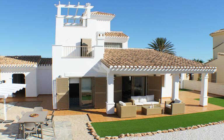 Villa till salu i La Manga del Mar Menor