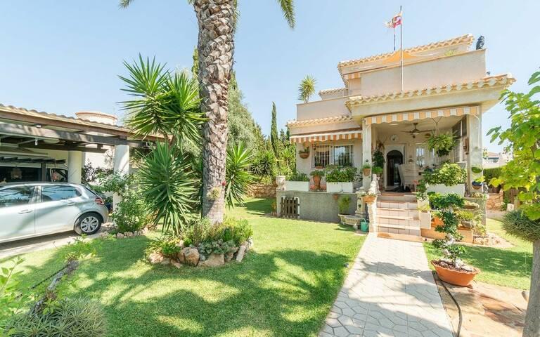 Villa à vendre à Torrevieja and surroundings