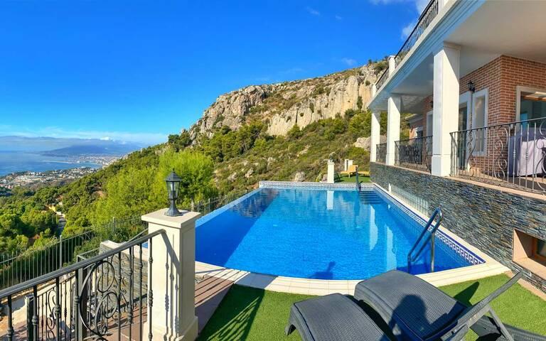 Villa till salu i Málaga